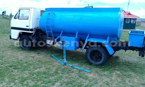 Buy Used Isuzu Elf Blue Truck in Nairobi in Nairobi