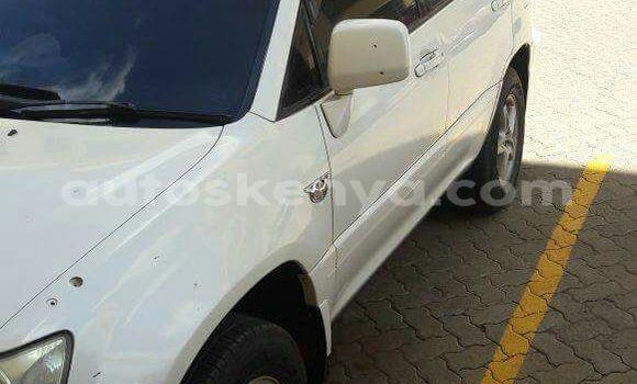 Buy Used Toyota Harrier White Car in Nairobi in Nairobi