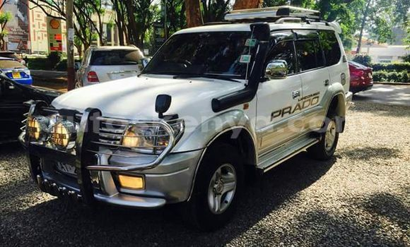 Buy Used Toyota Land Cruiser Prado White Car in Nairobi in Nairobi
