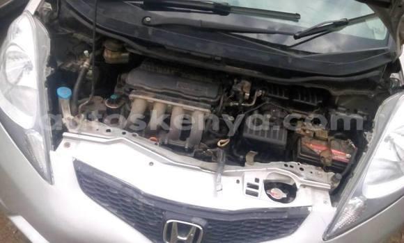 Buy Used Honda Fit Silver Car in Nairobi in Nairobi